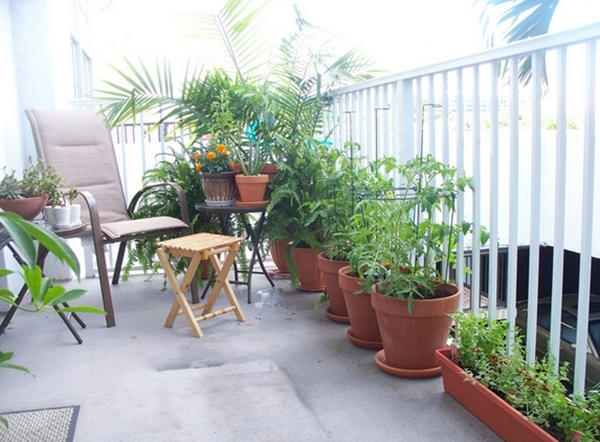 Set up a balcony to chill.